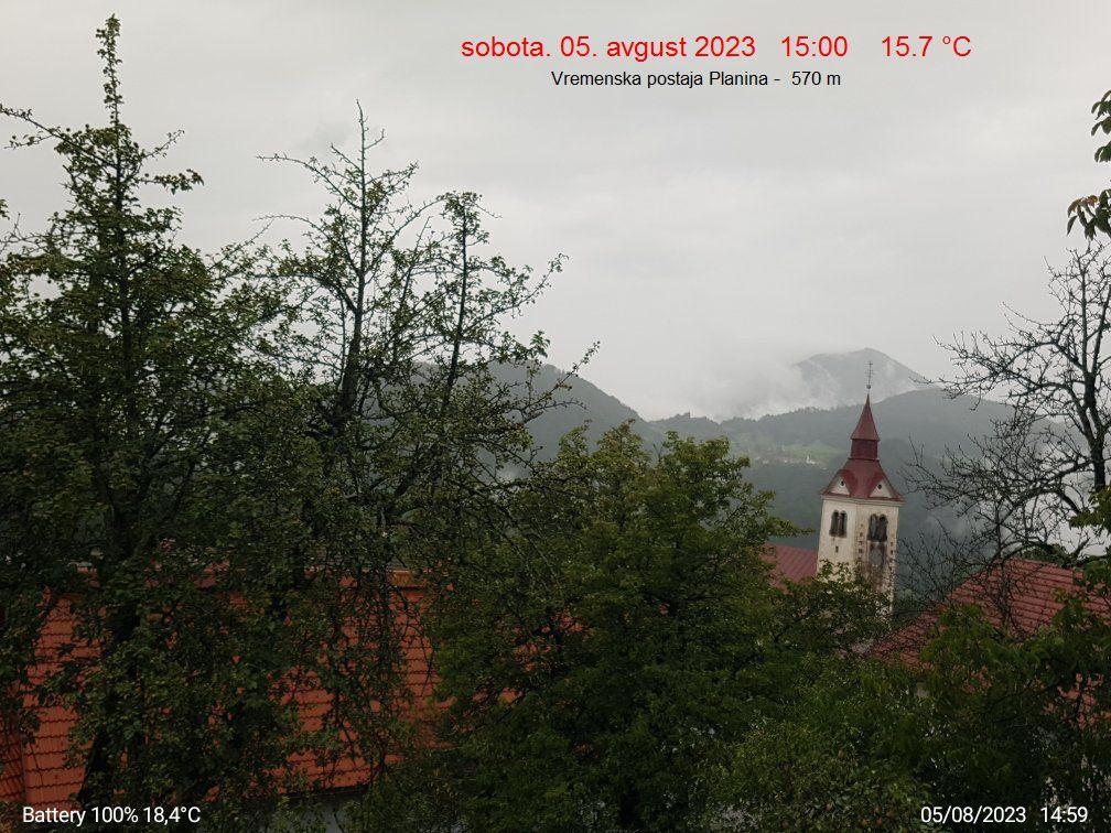 VP Planina pri Cerknem pogled  v dolino cerkljansko